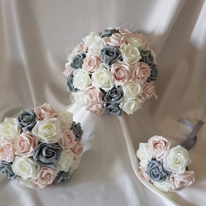 mocha-grey-ivory-rose-wedding-flowers