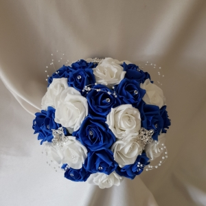 royal-blue-brides-brooch-bouquet