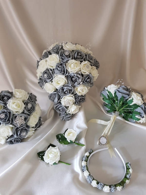 grey-wedding-package-brooches