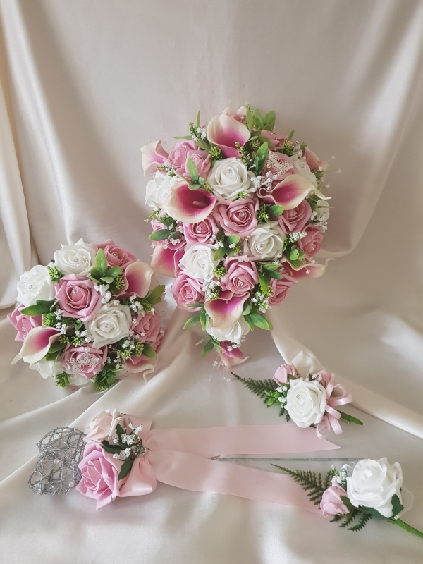 pink-calla-lily-wedding-flowers