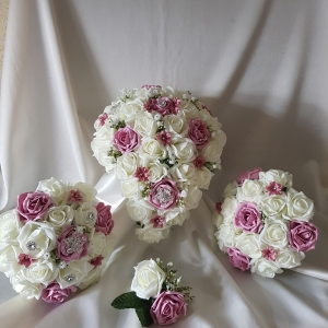 vintage-rose-ivory-wedding-flower-package