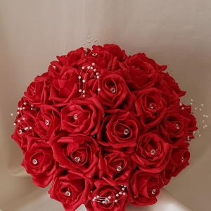 red-rose-brides-bouquet