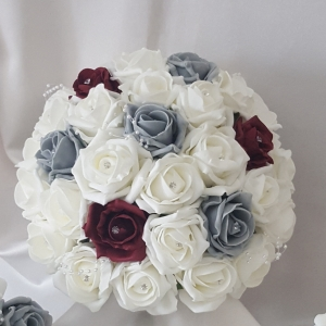 burgundy-grey-brides-bouquet