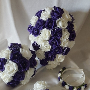 cadbury-purple-wedding-flowers