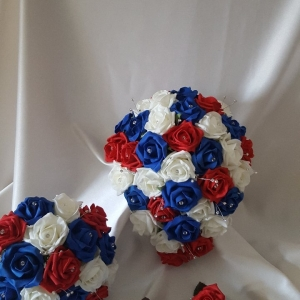red-royal-blue-wedding-flowers