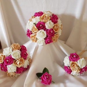 hot-pink-champagne-wedding-flowers