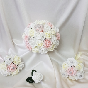 pink-lemon-brooch-wedding-flowers