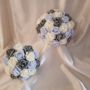grey-blue-wedding-flowers