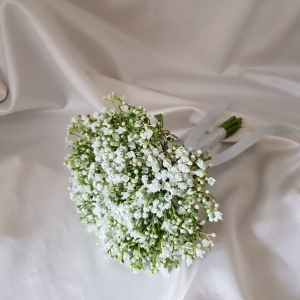 gypsophila-bridesmaid-bouquet