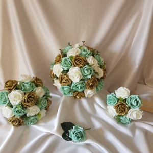 gold-glitter-wedding-flowers