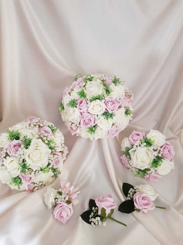 vintage-pink-foliage-wedding-flowers