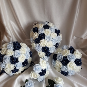 navy-baby-blue-wedding-flowers