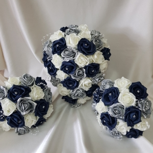 navy-silver-ivory-wedding-flowers