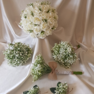 rose-gypsophila-wedding-flowers